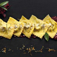 TORTELLI DI SALSICCIA STUFATA AL VINO ROSSO  -  RED WINE STEWED SAUSAGE TORTELLI Featured Image